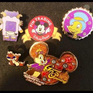 Disney Pin Trading Bundle